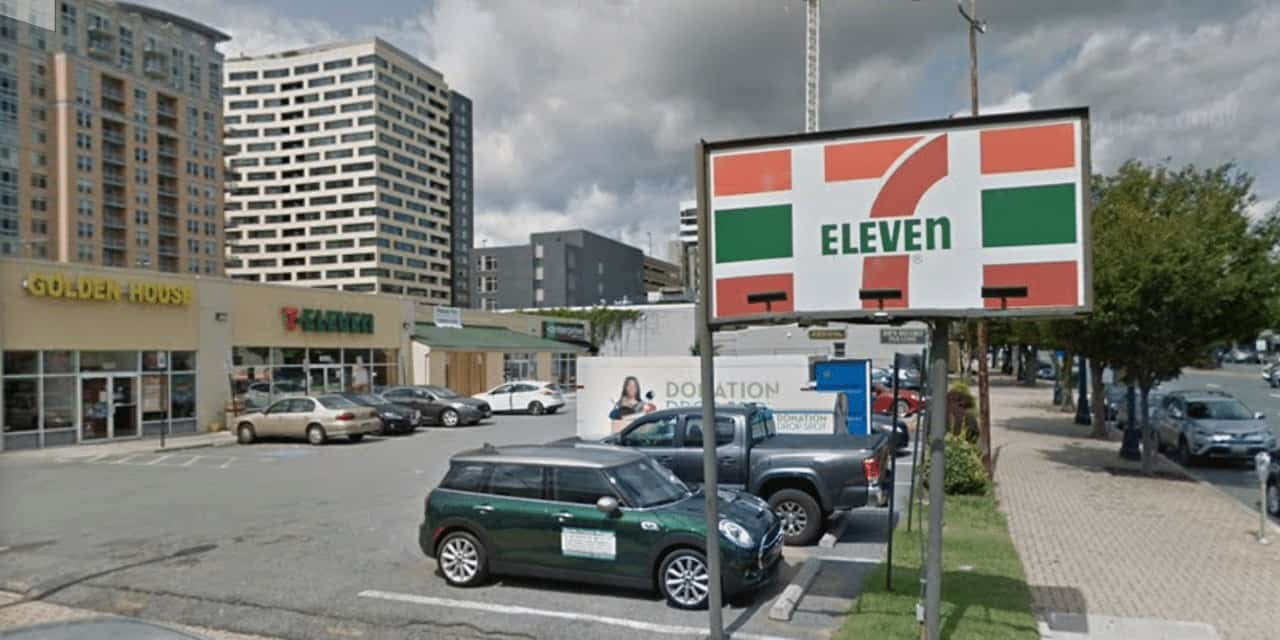 Security Guard Shoots, Kills Man During Fight at 7-Eleven
