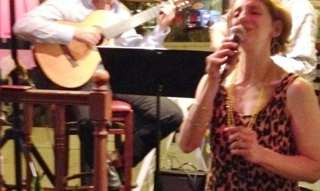 Live Jazz with Julie Mack & Encantada