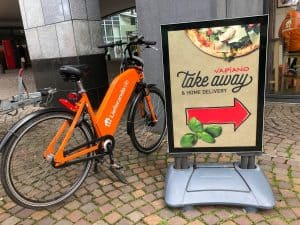 County Executive, Council Investigating Food Delivery App Fees - Montgomery County Executive Marc Elrich and the County Council are investigating the county's ability to force lower fees charged to restaurants by food delivery apps, such as Uber Eats, Grubhub, and DoorDash.